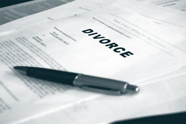 Ansöker om skilsmässa